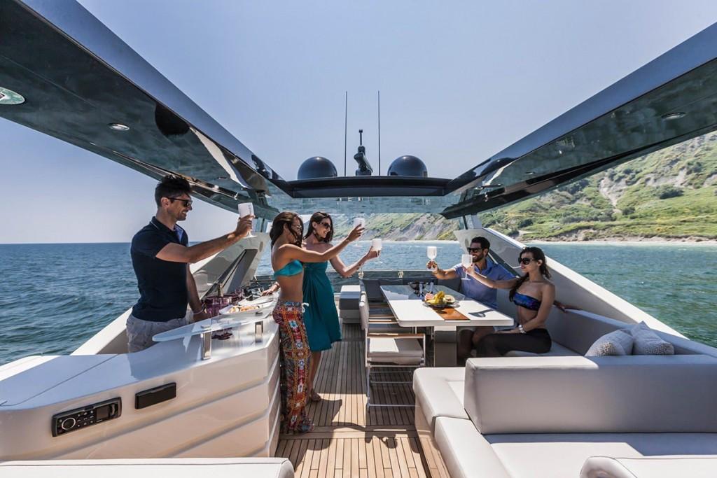 dominator-800-yacht-exterior-003