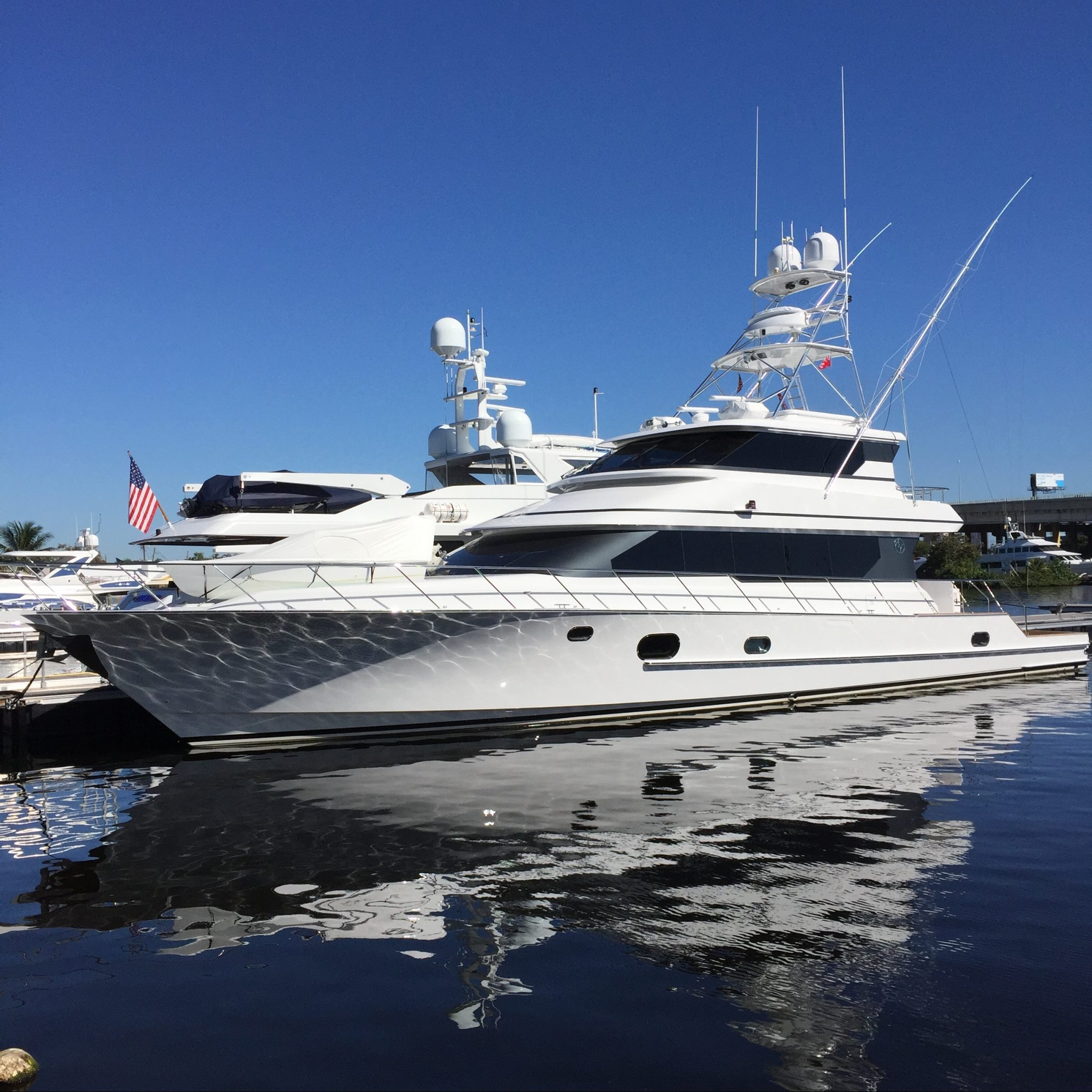 MARINA 110' WEST DOCK 3