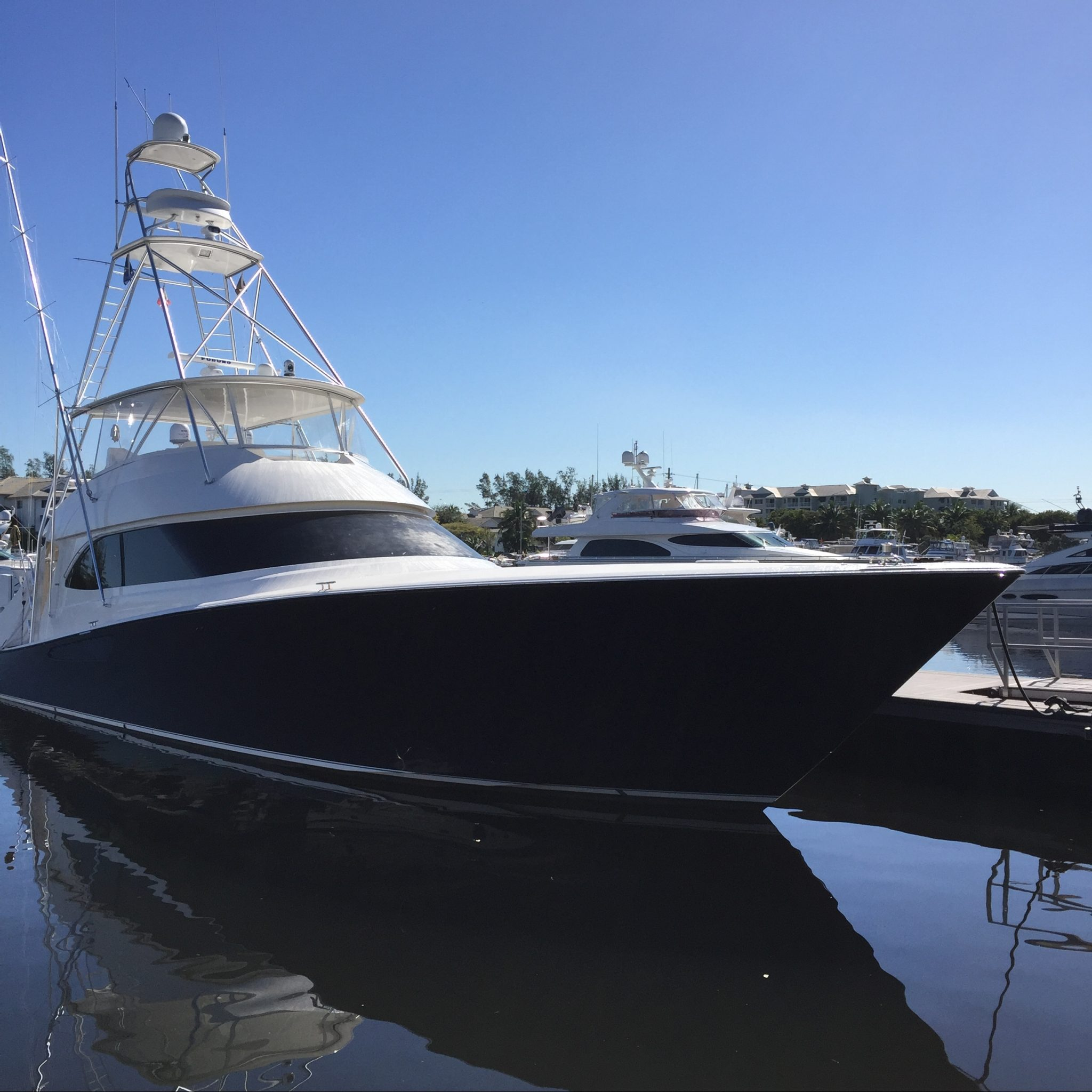 MARINA 110' WEST DOCK 5