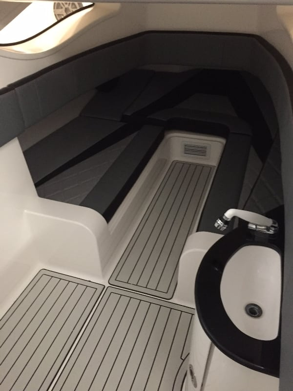 DI399CC Interior 1